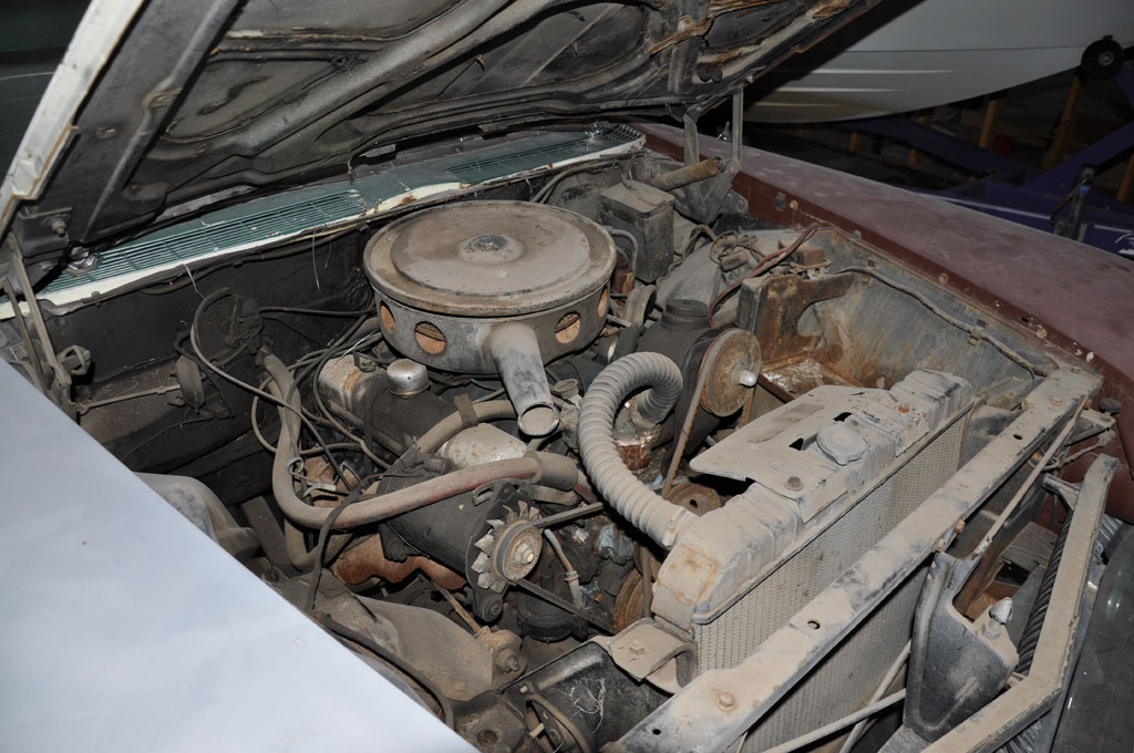 1960 Buick Invicta – Engine