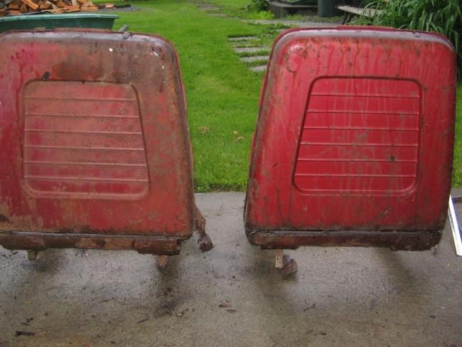 1960 Pontiac Bonneville Bucket Seats 01